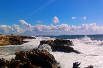 De geweldige kustlijn van Ibiza - wandelen op Ibiza